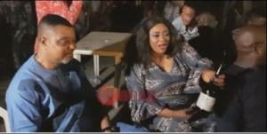 Video: Ayo Adesanya, Mr Ladi Folarin and Omo Banke Enjoying Themselves At Yomi Fabiyi
